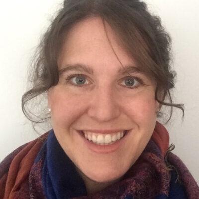 Claire Barrett Bio Photo